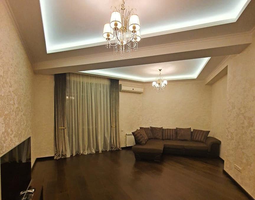 "Продается 3-Комнатная Квартира на Пр. Казбеги, в ""Axis"""